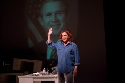 Kathleen Turner in Philadelphia Theatre Company's production of Red Hot Patriot The Kick-a*s Wit of Molly Ivins.  Photo by Mark Gavin.
