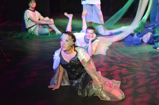 Theatre Review: 'A Midsummer Night's Dream' presented by ...