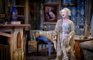 Theatre Review: Noel Coward's 'Blithe Spirit' at Everyman Theatre