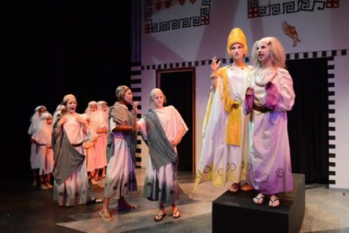theatre review the comedy of errors at colonus at