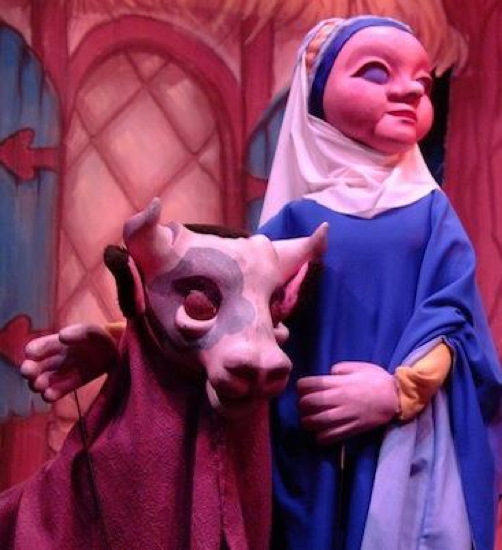 Old Mother Twaddle in 'Jack and the Beanstalk.' Photo from The Puppet Co. Playhouse.