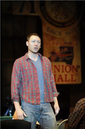 Photo courtesy of Riverside Dinner Theatre.