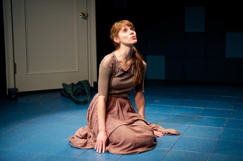 Diane Mair as Deborah. Photo by Seth Freeman.