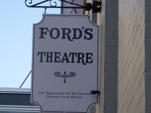 Ford's_Theatre sign
