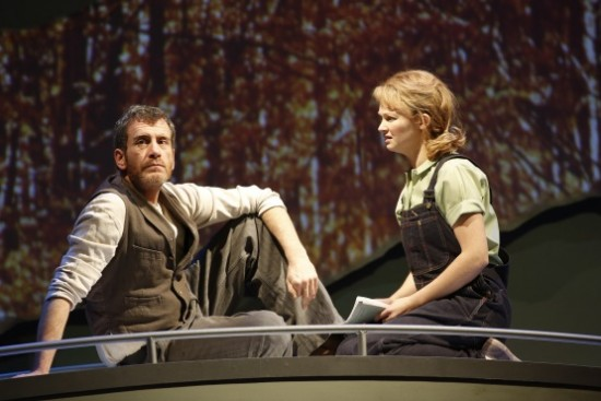 Bobby Smith as Father and Lauren Williams as Young Vi. Photo by Carol Rosegg.