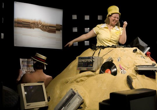 Theatre Review: 'Happy Days' by Cultural DC at Flashpoint, Mead Theatre Lab