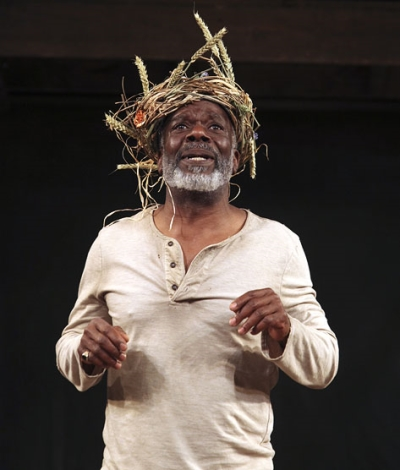 Joseph Marcell copes with madness, rejection, and familial disloyalty as King Lear in the Globe's touring production, now at Folger Shakespeare Library. Photo courtesy of www.folger.edu