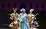 Theatre Review: 'Dame Edna's Glorious Goodbye: The Farewell Tour' at The National Theatre