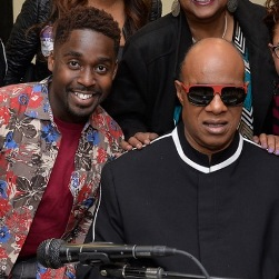 Mykal Kilgore with the real Stevie Wonder during a recent performance in Baltimore. Photo courtesy of Centerstage.