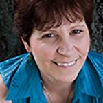 Julie Reiner(Managing Director)
