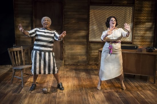 Roz White (left) as Pearl, and Teresa Castracane as Suzanne. Photo by Chris Banks.