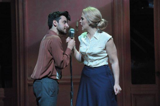 Robert Ariza as Che and Rachel Zampelli as Eva Photo: Stan Barouh