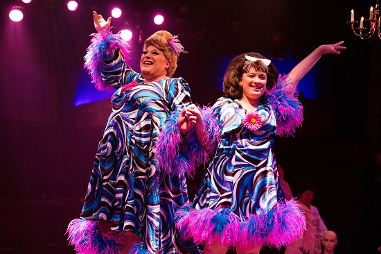 Lawrence B. Munsey as Edna Turnblad and Christie Graham as Tracy Turnblad. Photo by Jeri Tidwell.