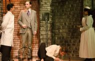 Theatre Review: 'Dracula' at The Little Theatre of Alexandria