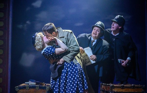 Theatre Review: 'Alfred Hitchcock's The 39 Steps' at Annapolis Shakespeare Company